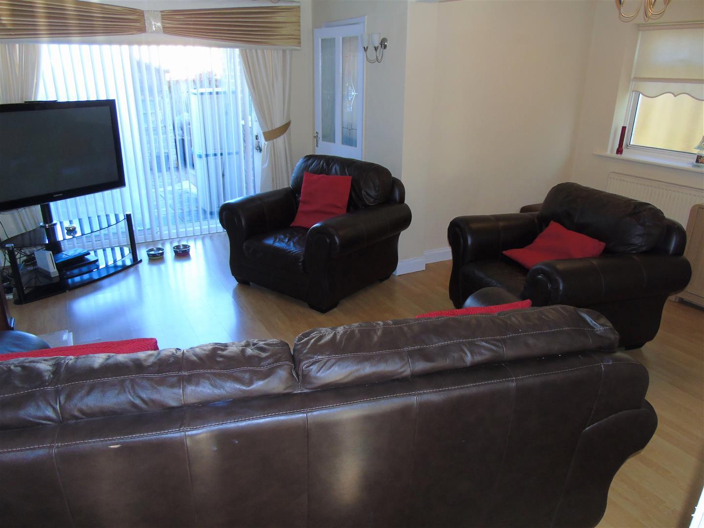 3 Bedrooms, House - Semi-Detached, Amanda Road, Liverpool